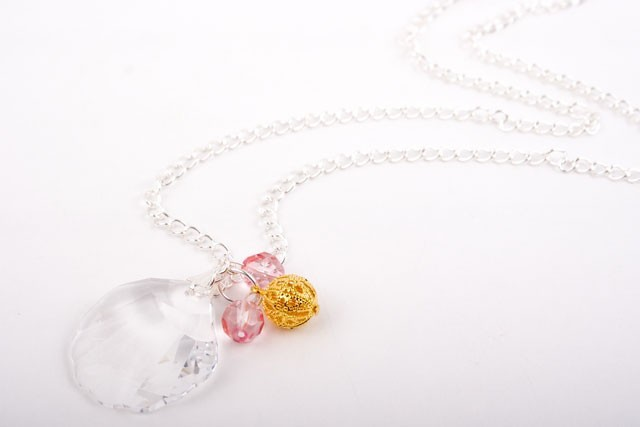 Swarovski Crystal Seashell Pendant Necklace